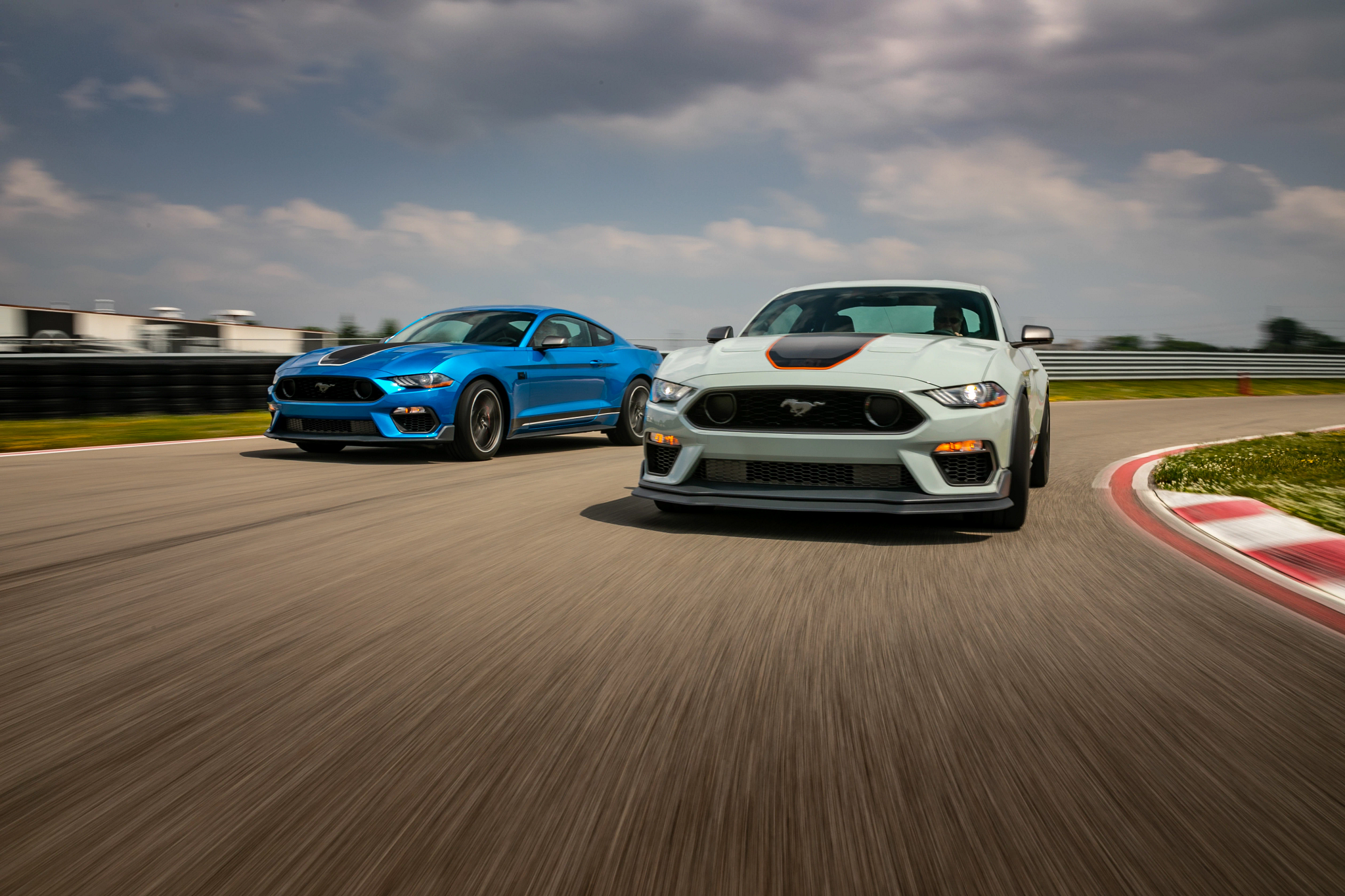 Five-Point-Ohhh! 2021 Ford Mustang Mach 1 Is Ultimate 5-Liter Pony Car