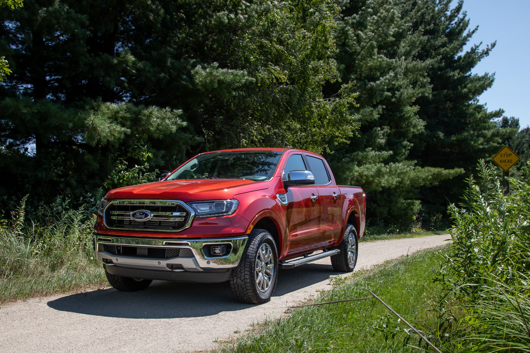ford-ranger-2019-08-angle--exterior--front--red.jpg