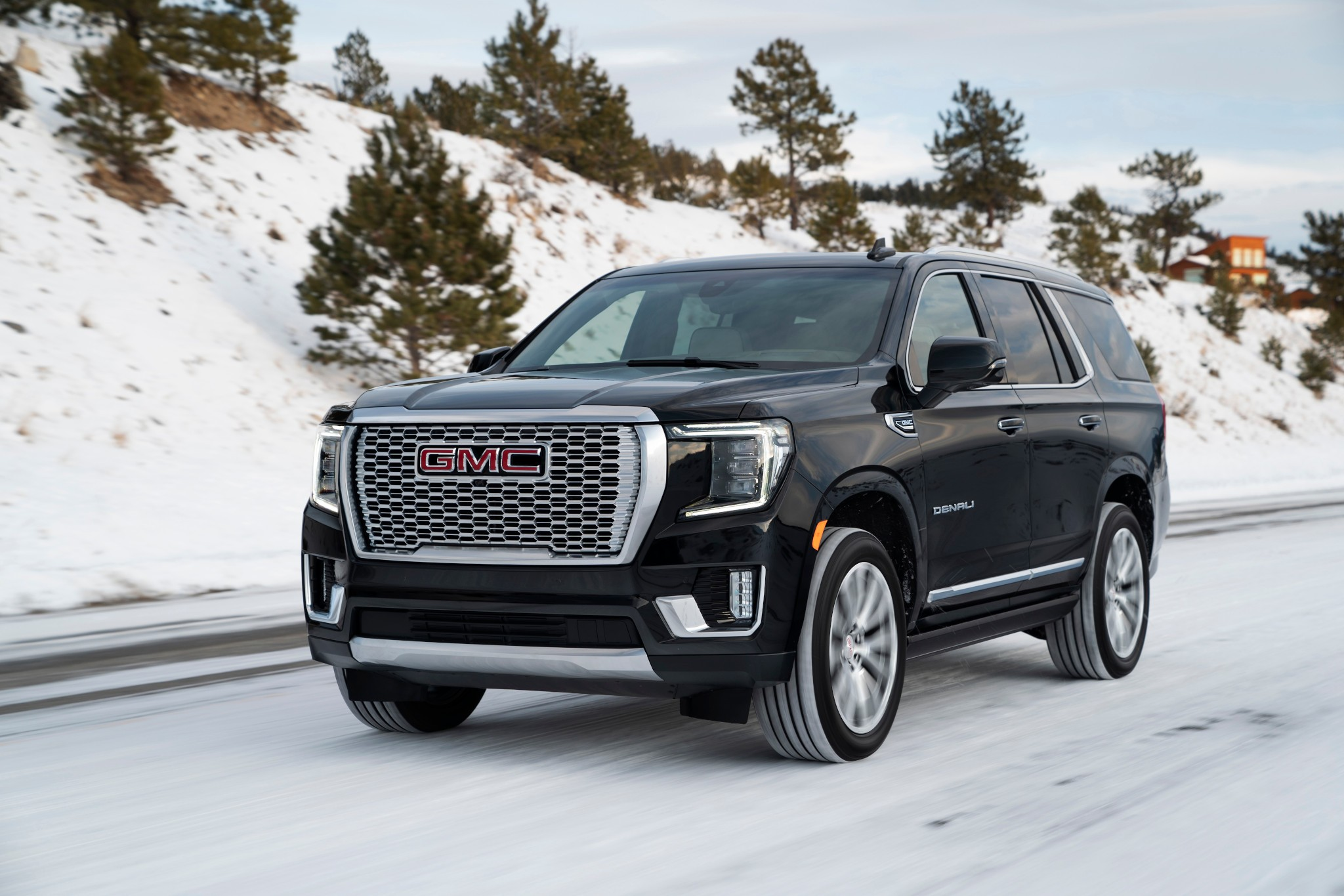 Hoping The 2021 Gmc Yukon Would Boast Much Improved Mpg Towing Capacity Sorry News Cars Com