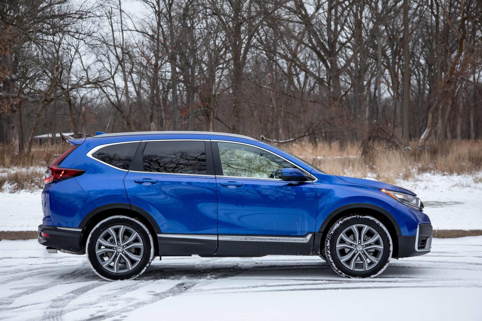 honda-cr-v-2020-04-blue--exterior--profile.jpg