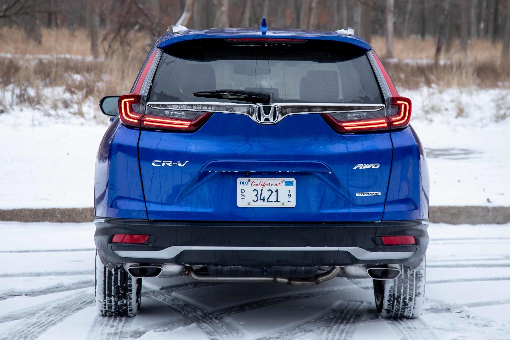 honda-cr-v-2020-06-blue--exterior--rear.jpg