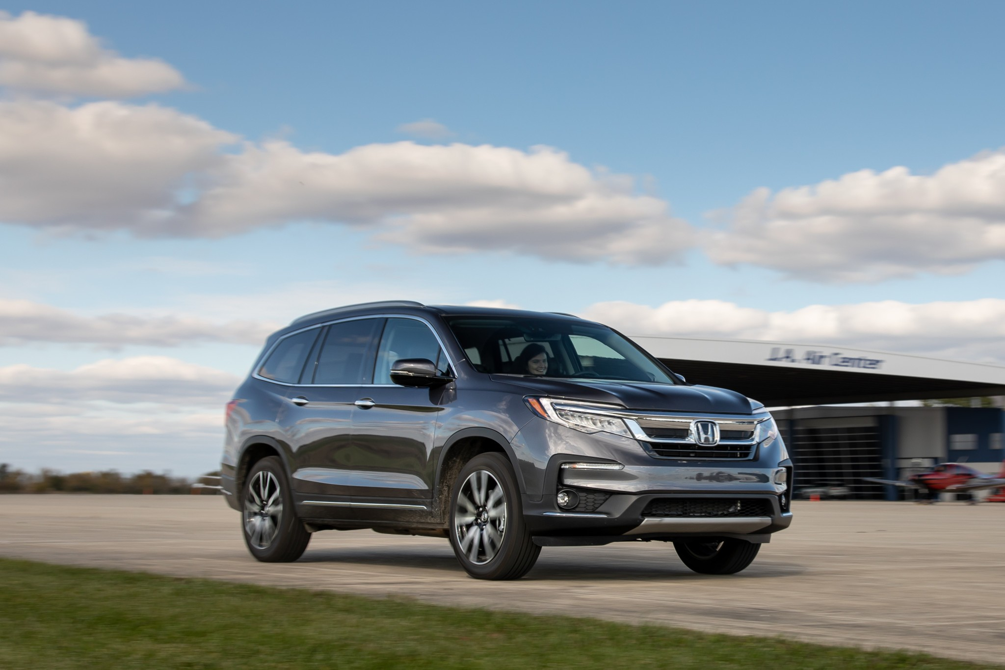 2020 Honda Pilot Review: Showing Its Age