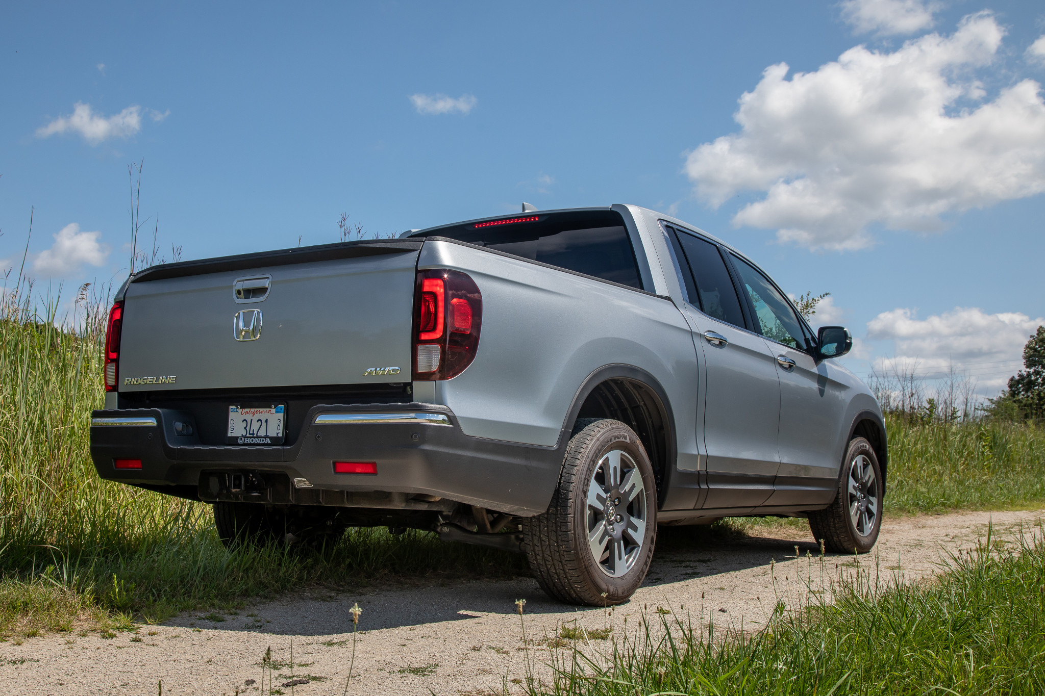 2020 Honda Ridgeline: Which Should You Buy, 2019 or 2020? via @carsdotcom