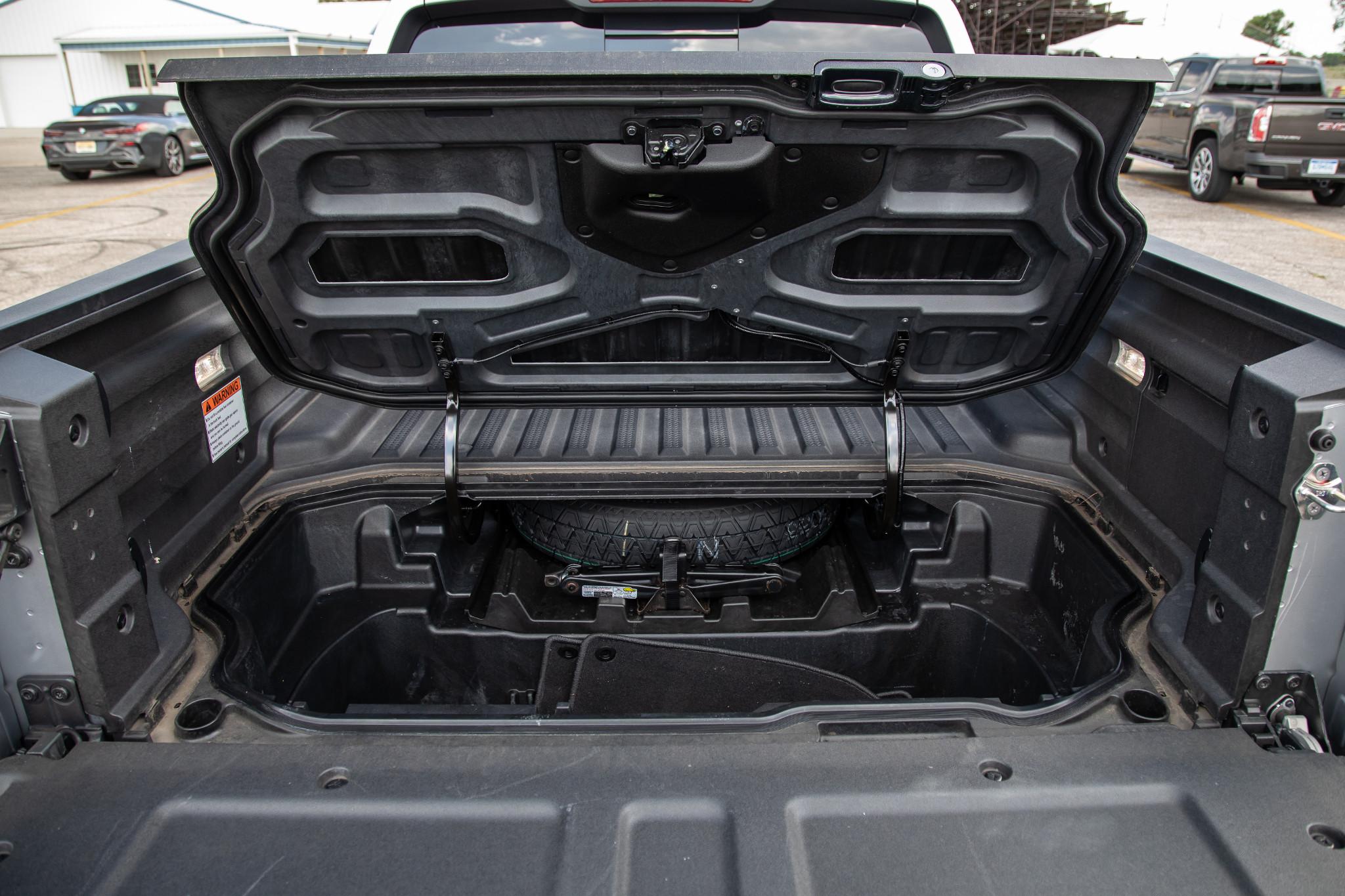 honda-ridgeline-2019-22-bed--exterior--rear--storage.jpg