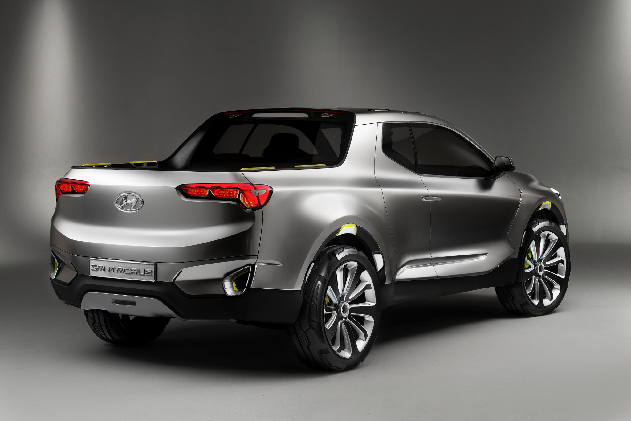 All the Pickup Truck News: Hyundai Santa Cruz Cruises In, Tesla Cybertruck Approaches and More