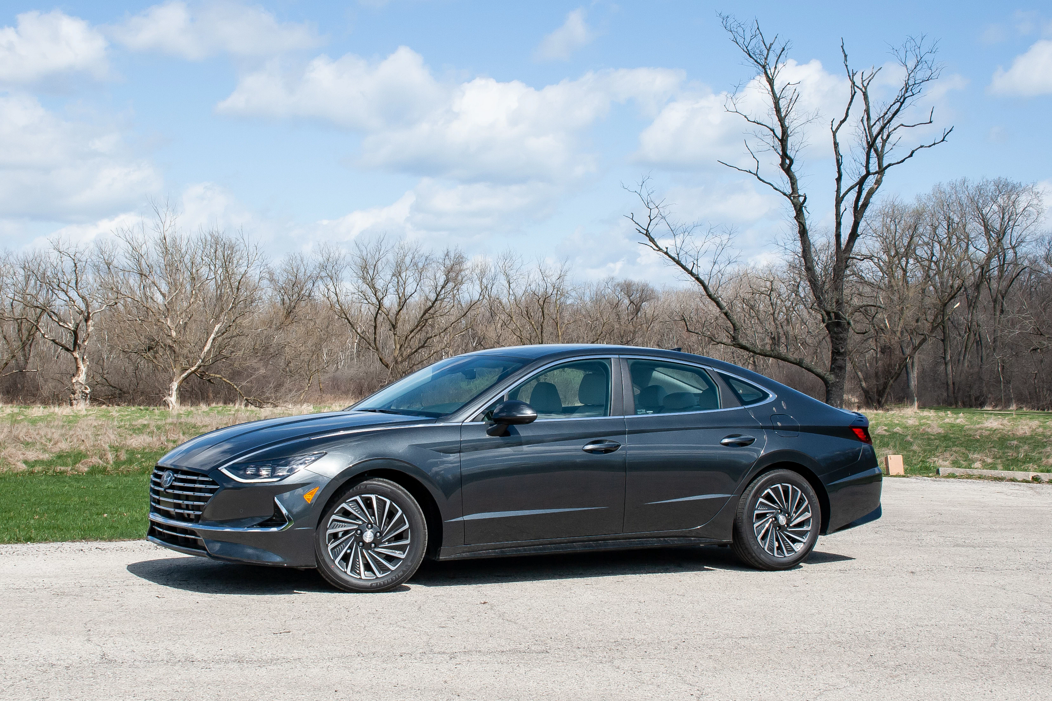 2020 Hyundai Sonata Hybrid Review: Ordinary in the Best Way