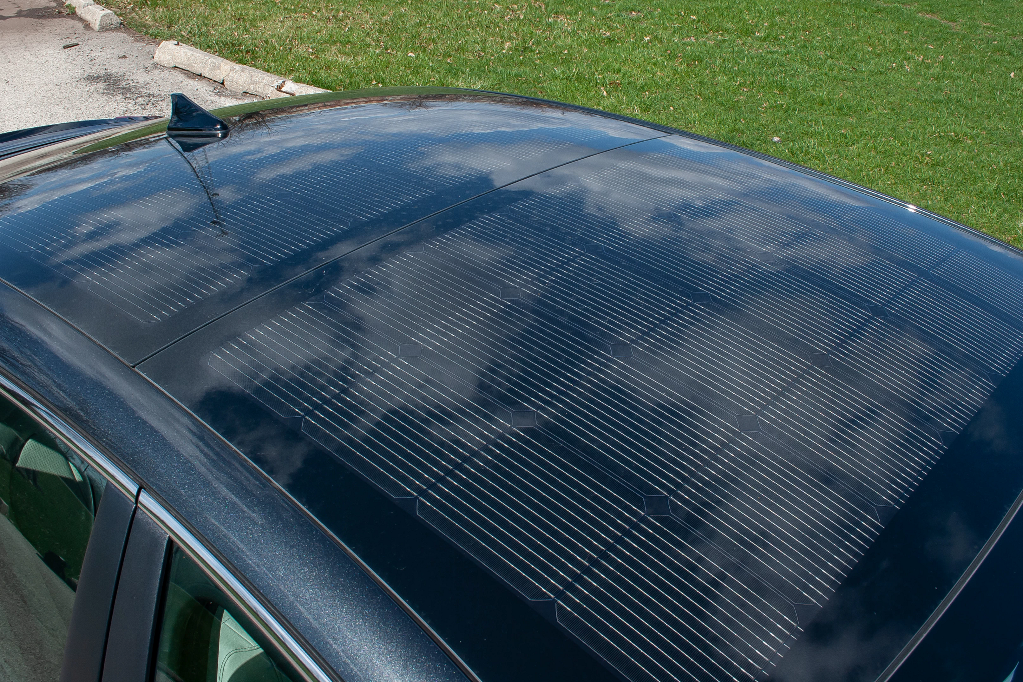 2020 Hyundai Sonata Hybrid: What's the Deal With That Solar Roof?