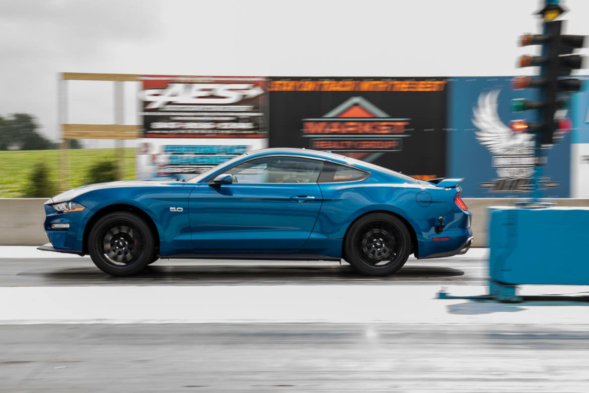 19-ford-mustang-gt-pp1-2018-blue--drag-strip--dynamic--exterior-