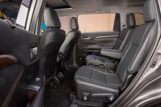 Awe Inspiring Which 2016 Three Row Suvs Offer Second Row Captains Chairs Evergreenethics Interior Chair Design Evergreenethicsorg