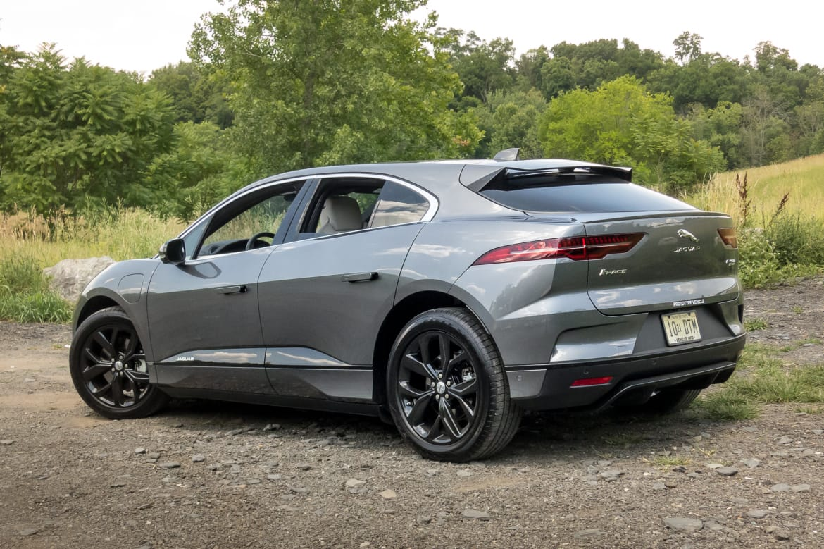 03-jaguar-i-pace-2019-exterior--rear-angle--silver.jpg