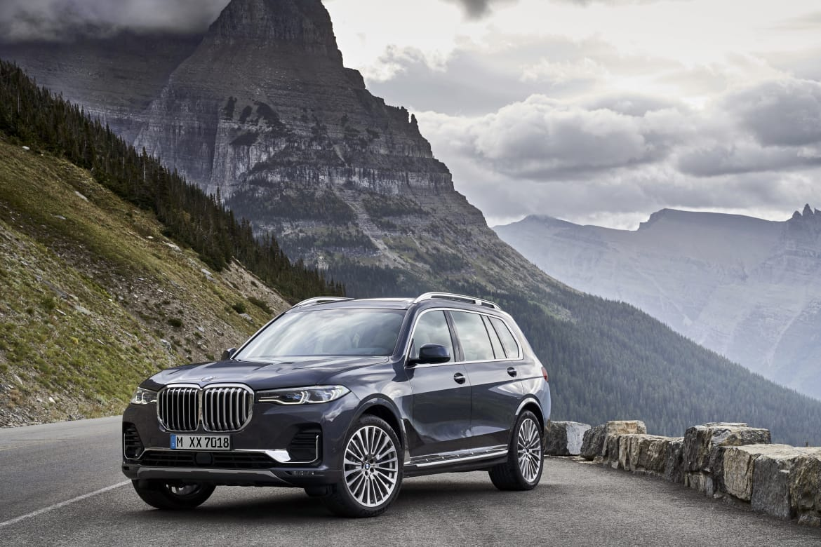 Super Ok 2019 Bmw X7 You Have Our Attention News Cars Com Squirreltailoven Fun Painted Chair Ideas Images Squirreltailovenorg