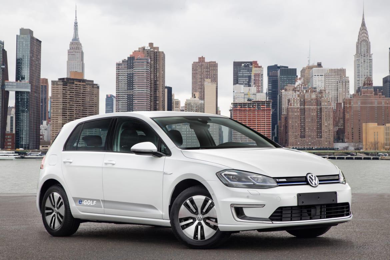 2017 Volkswagen e-Golf OEM.jpg