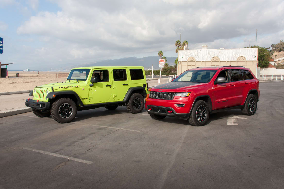 Jeep_Head-to-Head_BW_03.jpg