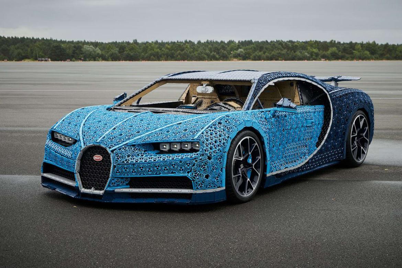 2012 bugatti veyron expert reviews specs and photos. Black Bedroom Furniture Sets. Home Design Ideas