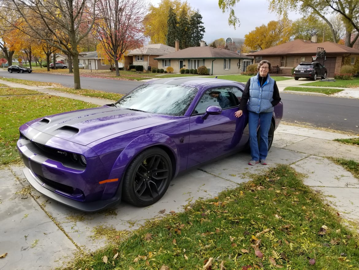 Grandma Got Bowled Over by a Hellcat: 2019 Dodge Challenger