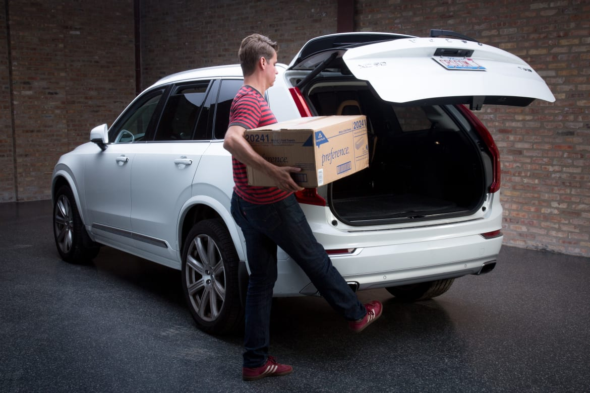 Which 2016 Cars Have Hands-Free Liftgates?