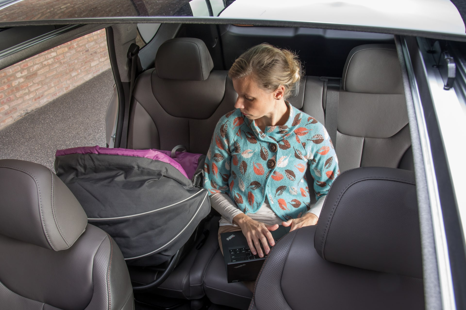2018 Hyundai Santa Fe Sport >> How Do Car Seats Fit in a 2019 Hyundai Santa Fe? | News ...
