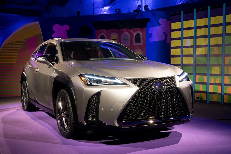 2019 Lexus Ux Undercuts Luxury Subcompact Suv Competitor Pricing