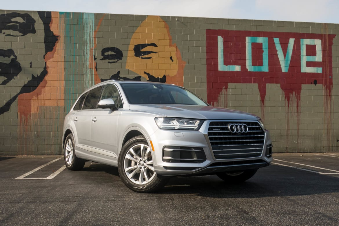 2017 Audi Q7: Are Four Cylinders Enough? | News | Cars com