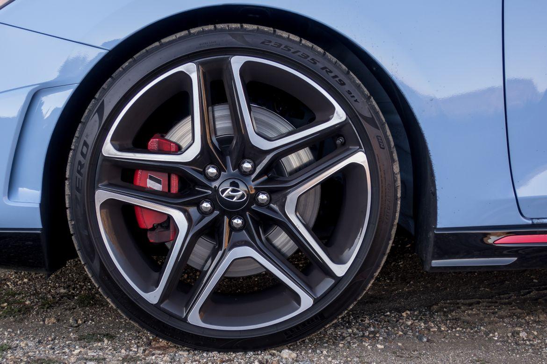 2019 Hyundai Veloster N Vs  Veloster R-Spec: Smiles Per