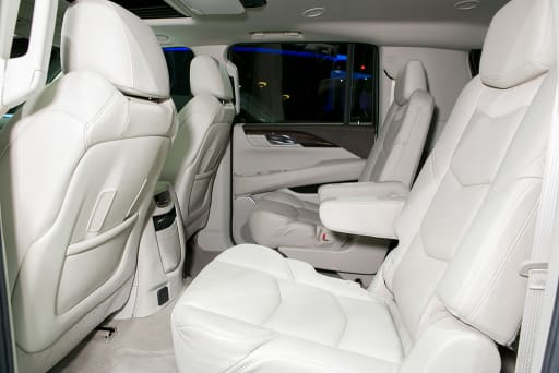 Which 2014 2015 Three Row Suvs Offer Captain S Chairs