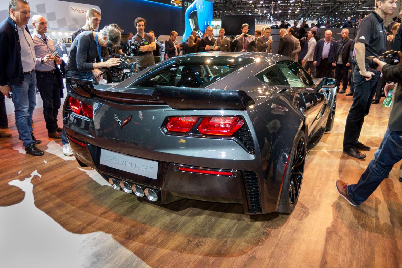 17Chevrolet_Corvette-Grand-Sport_16Geneva_AB_08.jpg