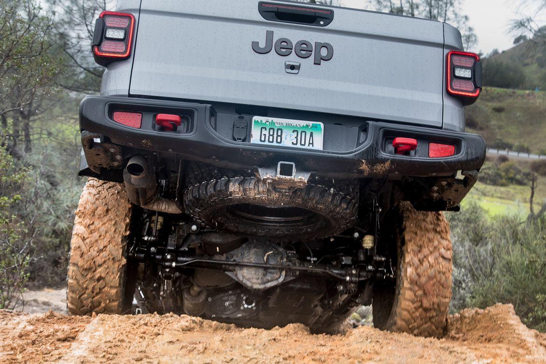 12020 Jeep Gladiator Rubicon_cl.jpg