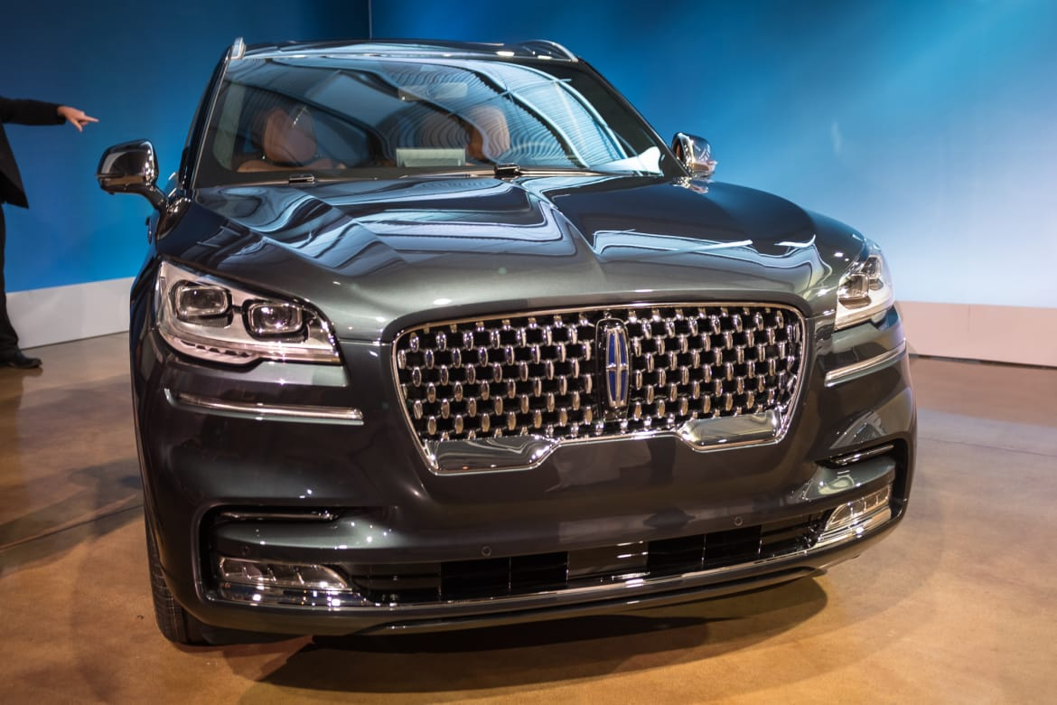 02-lincoln-aviator-2020.jpg