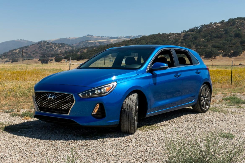 2018 Hyundai Elantra Gt Review First Drive News Cars Com