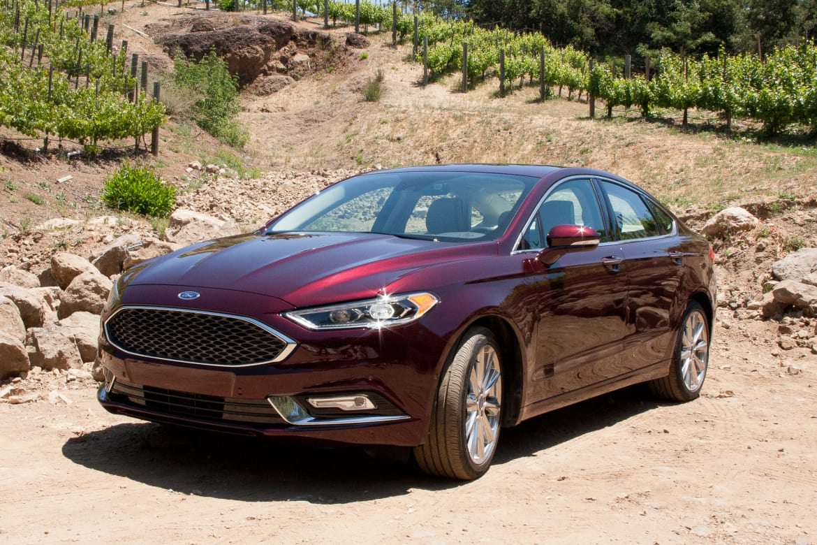 2017 Ford Fusion Hybrid Platinum >> 2017 Ford Fusion and Fusion Hybrid: First Drive | News | Cars.com