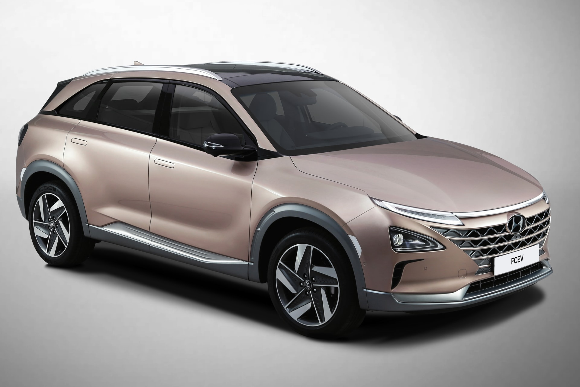 Hyundai Unveils Nexo Fuel Cell Suv With New Driver Aids At