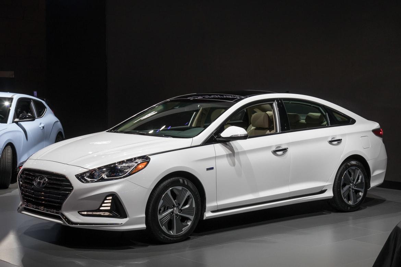 2018 Hyundai Sonata Hybrid Prices Sink Features Rise