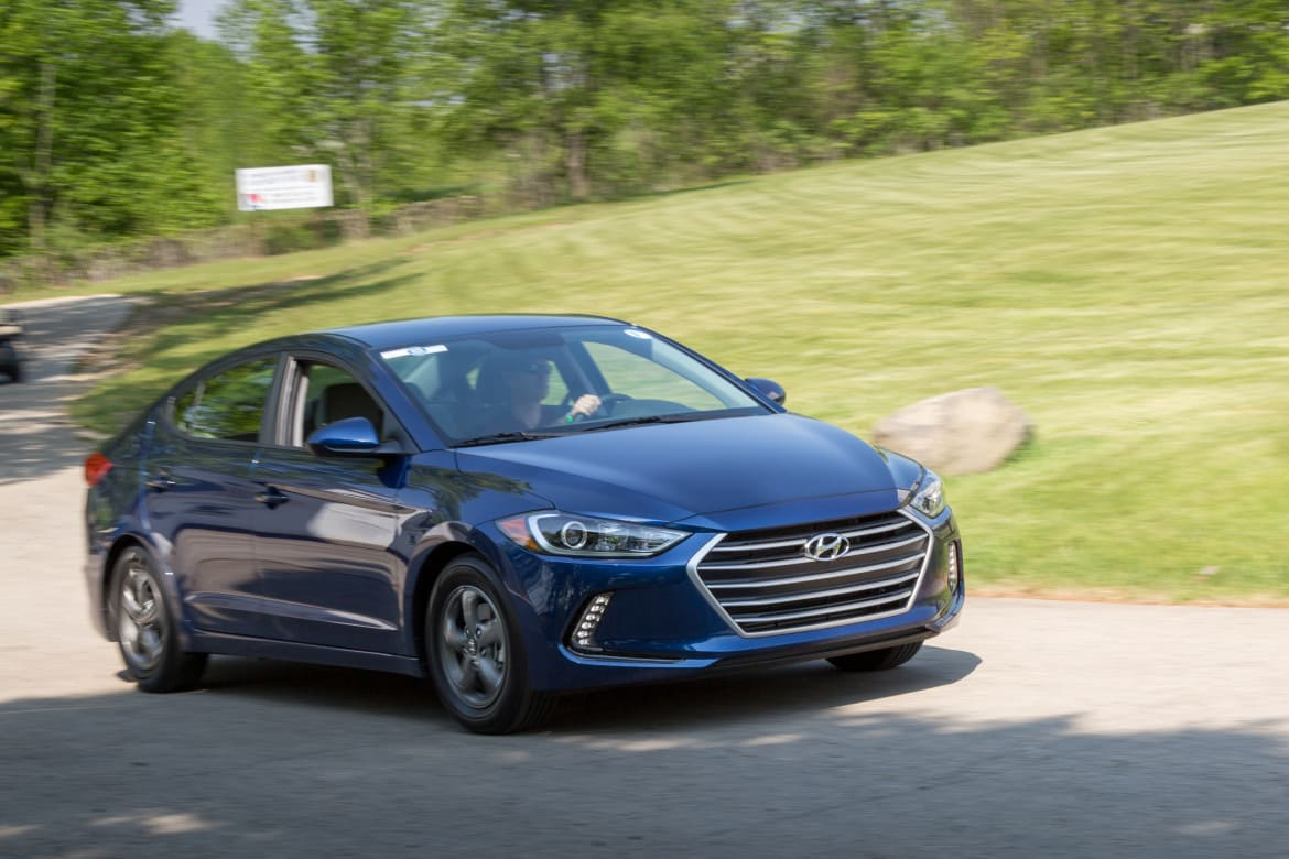 2017 Hyundai Elantra Eco: Real-World Fuel Economy | News | Cars com