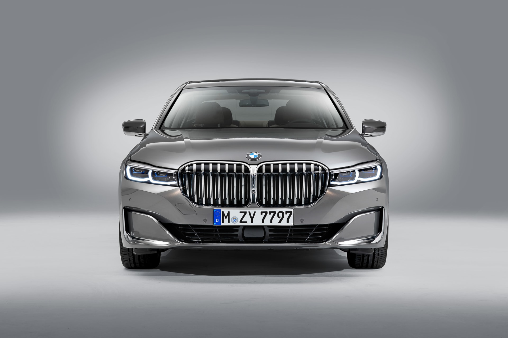 Here S Lookin At You Kidneys Updated Bmw 7 Series Gets Gigantic