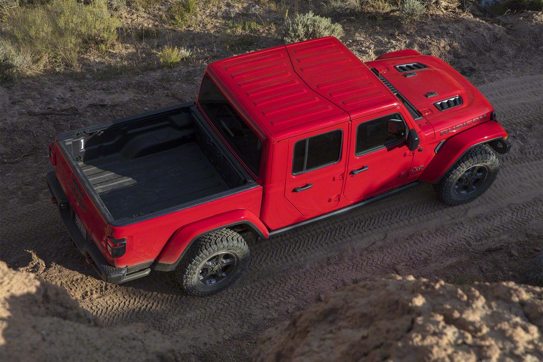 2020 Jeep Gladiator More Than A Wrangler Pickup News Cars Com