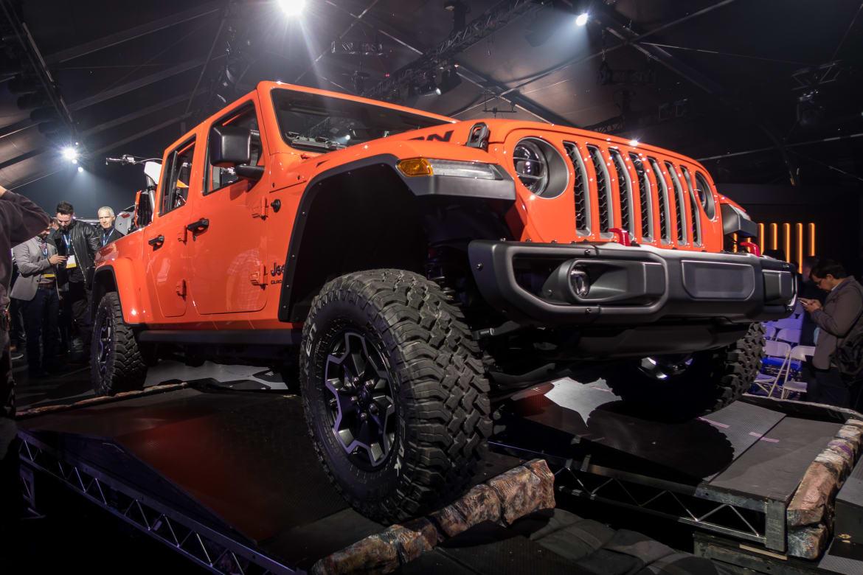 04-jeep-gladiator-2020.jpg