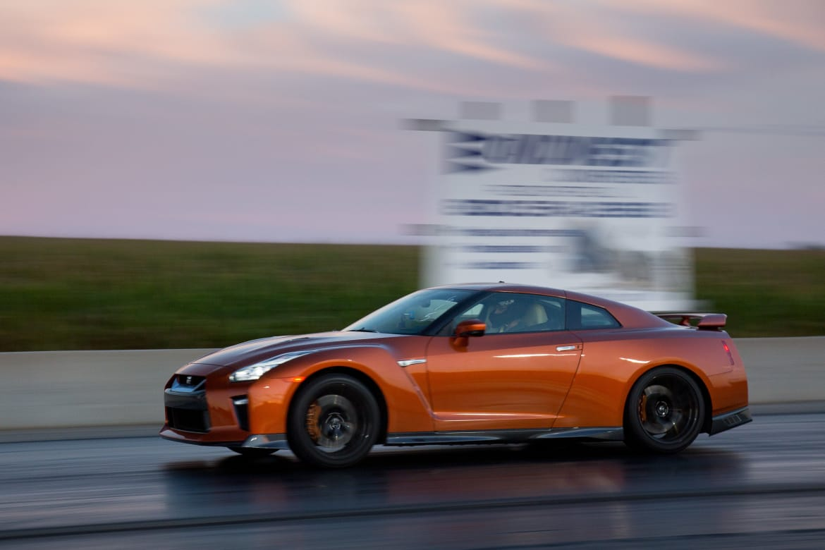 How Much Horsepower Does A Gtr Have >> How Fast Is The 2017 Nissan Gt R News Cars Com