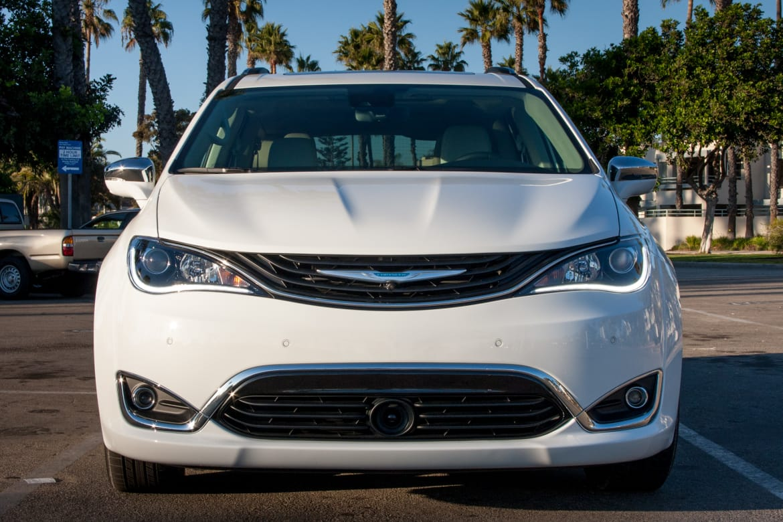 2017 Chrysler Pacifica Hybrid Rated 84 Mpg E News Cars Com