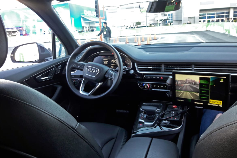 Audi_selfdriving_CES_NK.jpg