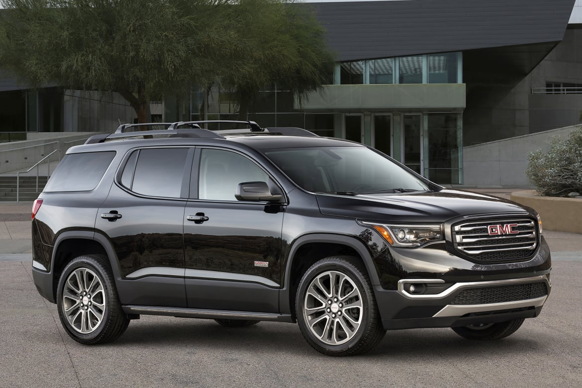 2018 GMC Acadia Denali: Review, Design, Price >> 2018 Gmc Acadia What S Changed News Cars Com