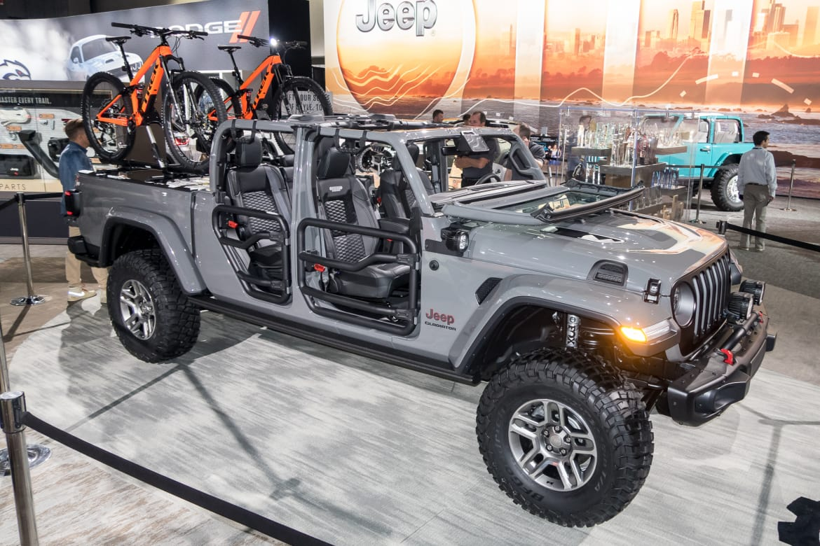 Dallas Car Show >> 2019 Dallas Fort Worth Auto Show 6 Things You Can T Miss News