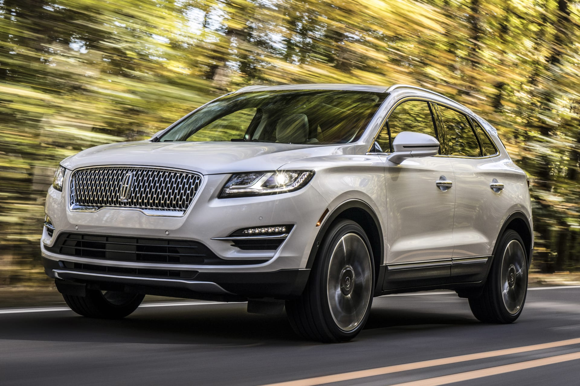 2019 Lincoln MKC Gets Continental Facelift | News | Cars.com