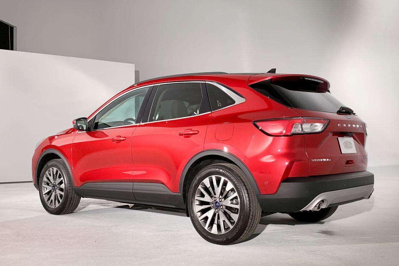 12-ford-escape-titanium-2020-ab.jpg