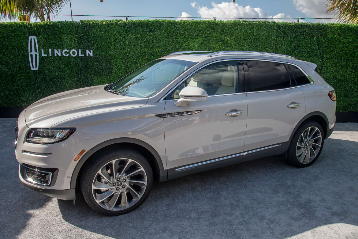 2020 Lincoln Nautilus Review, Price, Colors >> New Name New Price Ex Mkx 2019 Lincoln Nautilus Starts At 41k