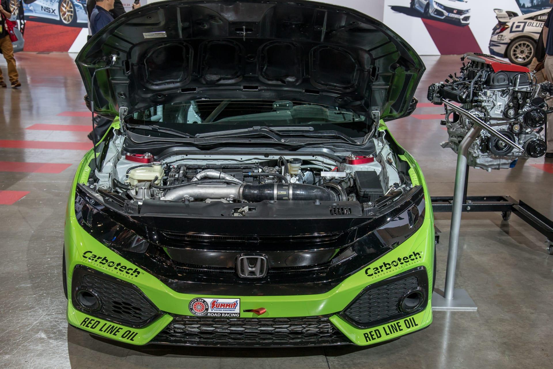 Honda Rocks Souped-Up Civics at SEMA: Photo Gallery | News
