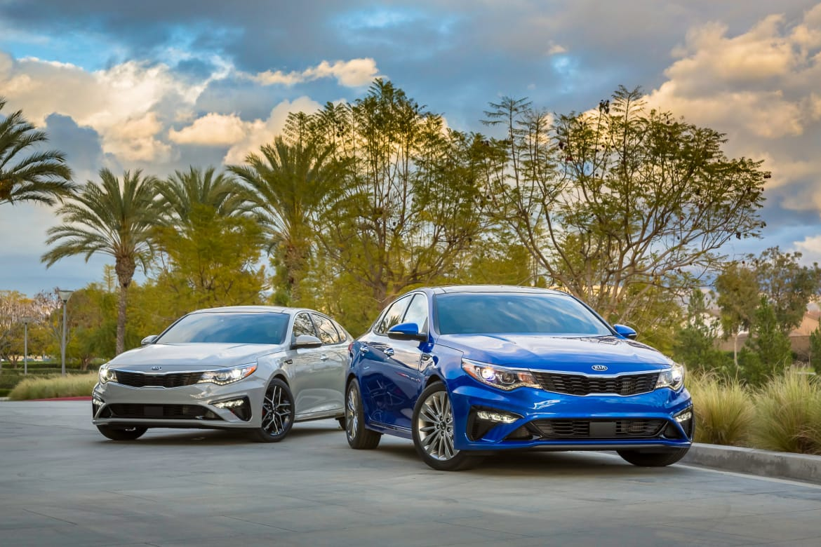 Can the 2019 Kia Optima Compete in the Mid-Size Sedan Class?