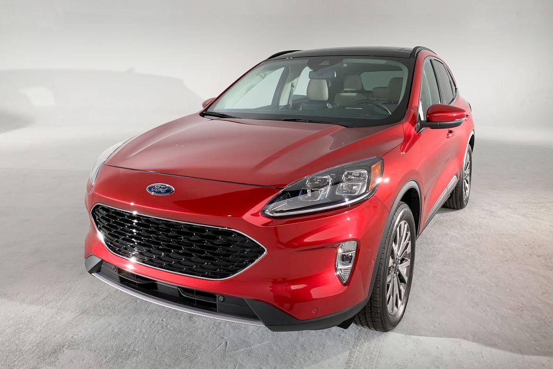 10-ford-escape-titanium-2020-ab.jpg