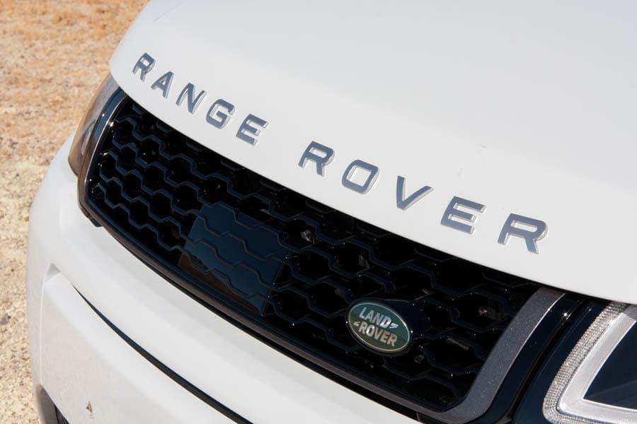 17LandRover-RangeRover_Evoque-Convertible_BW_10.jpg