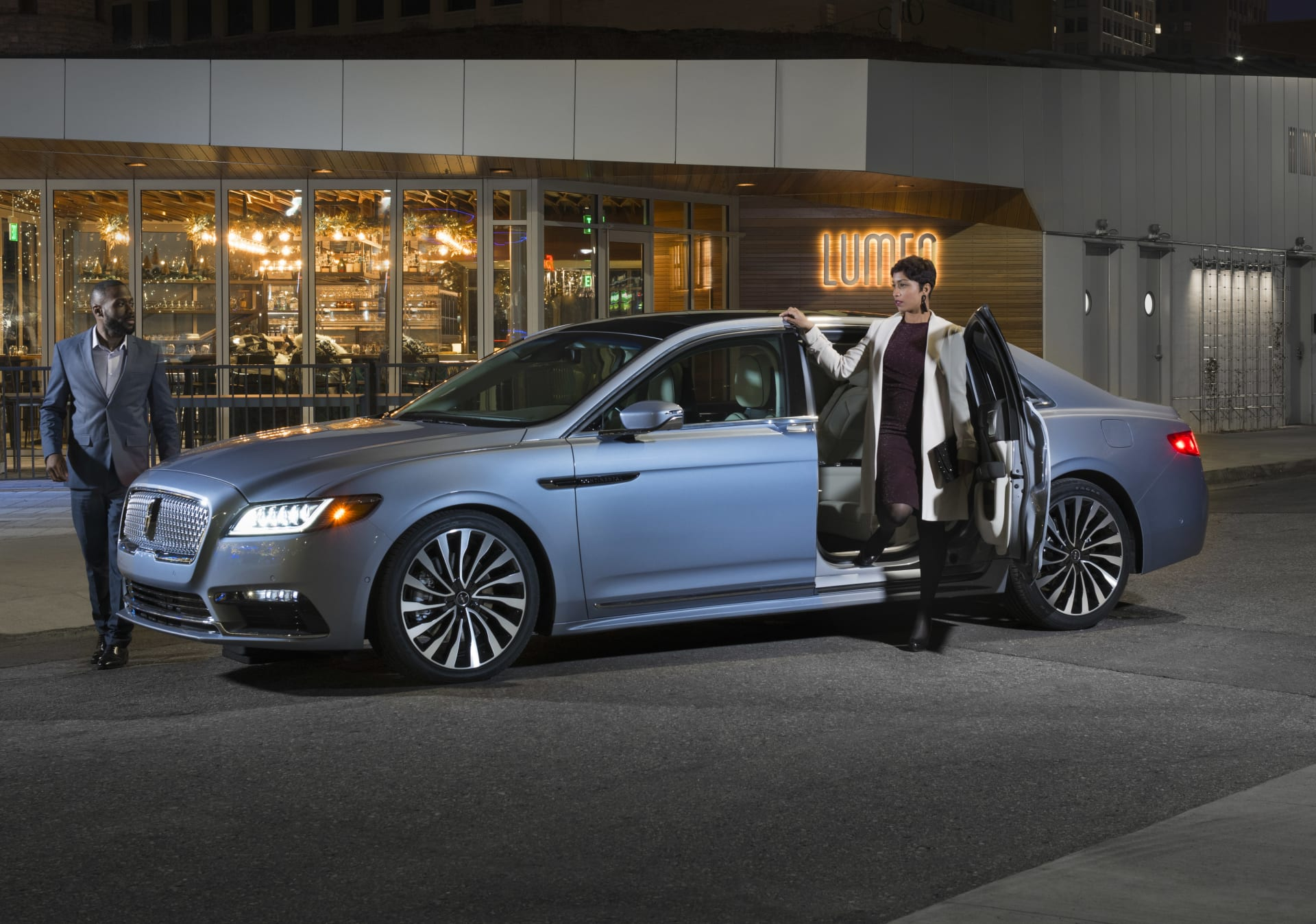 Lincoln Continental Coach Door Edition: Some Folks Call 'Em Suicide Doors | News | Cars.com
