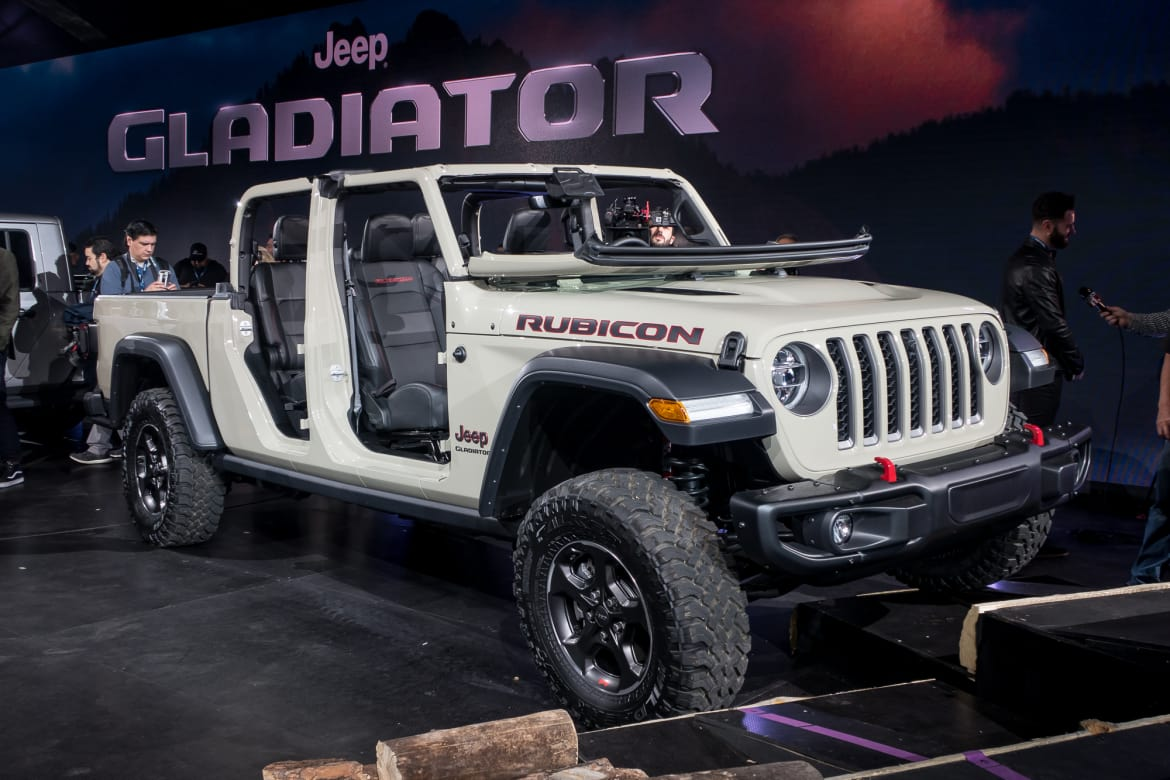 10 Biggest 2018 L A Auto Show Stories Jeep Gladiator Slays All